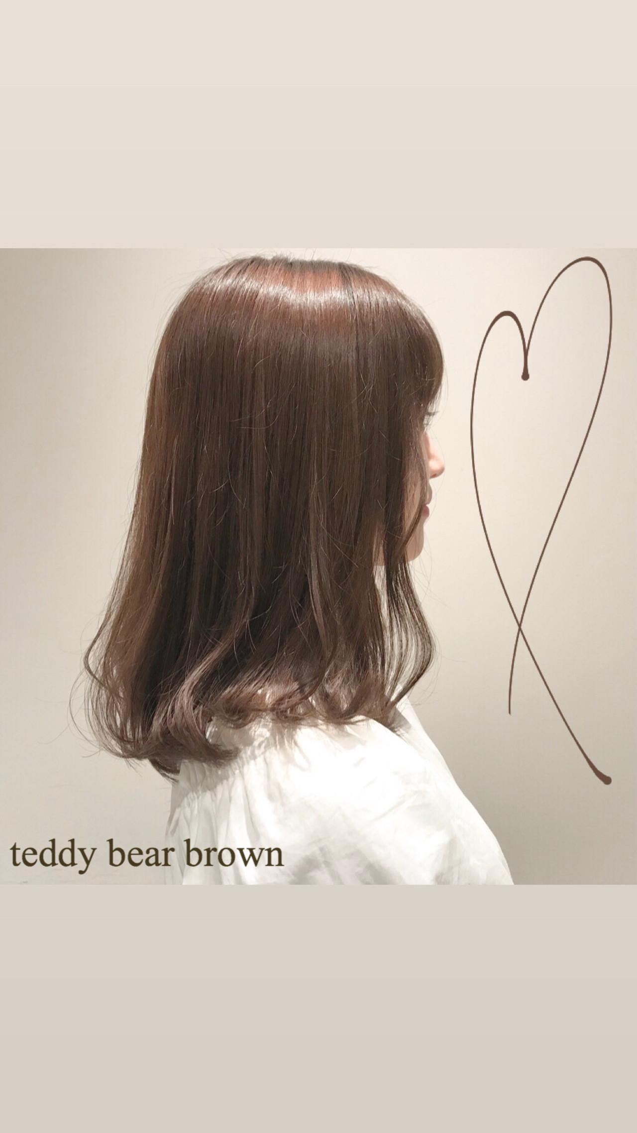 透明感カラー デート ミディアム ミルクティーアッシュ ヘアスタイルや髪型の写真・画像