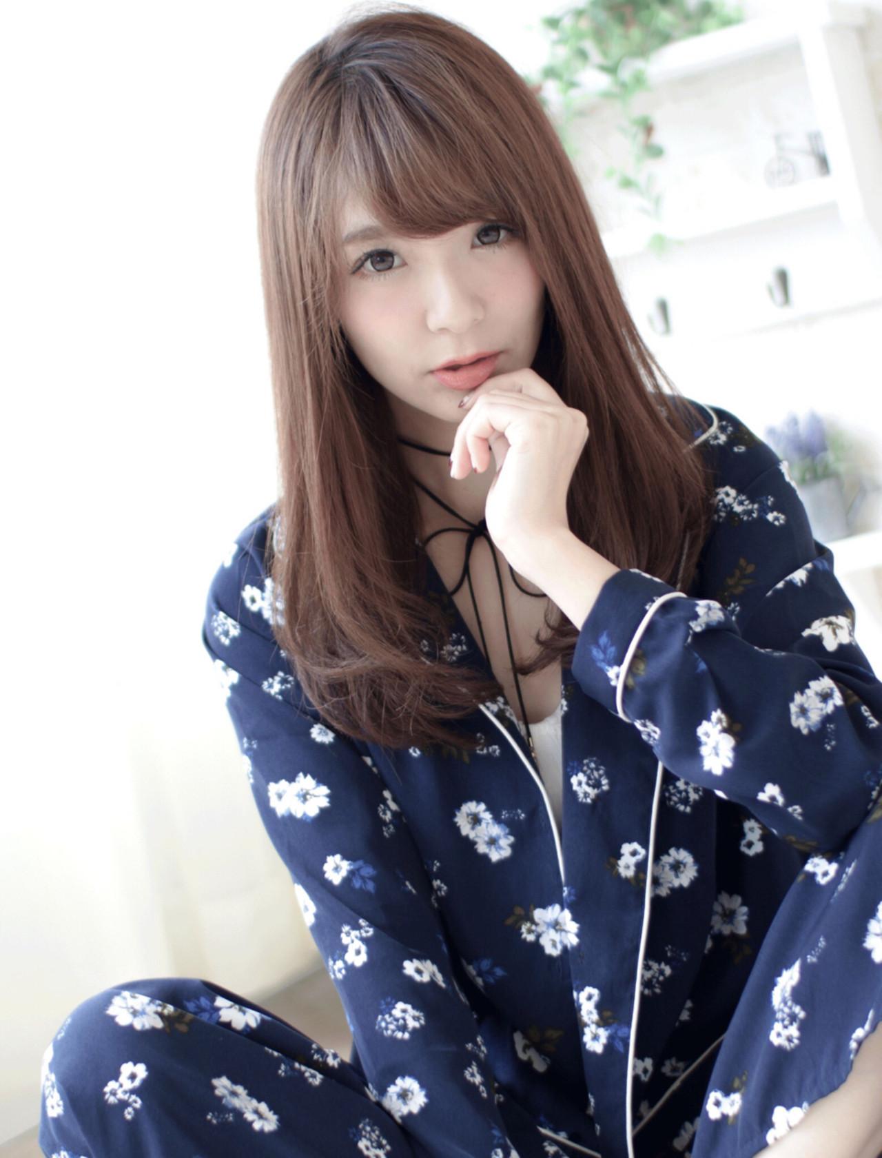 外国人風 ストレート ブラウン パーマ ヘアスタイルや髪型の写真・画像 | 今井 寛子 / LOUIMADNA栄