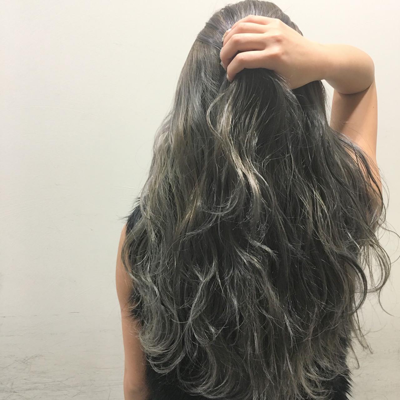 ハイライト 外国人風 ブラウン 暗髪 ヘアスタイルや髪型の写真・画像