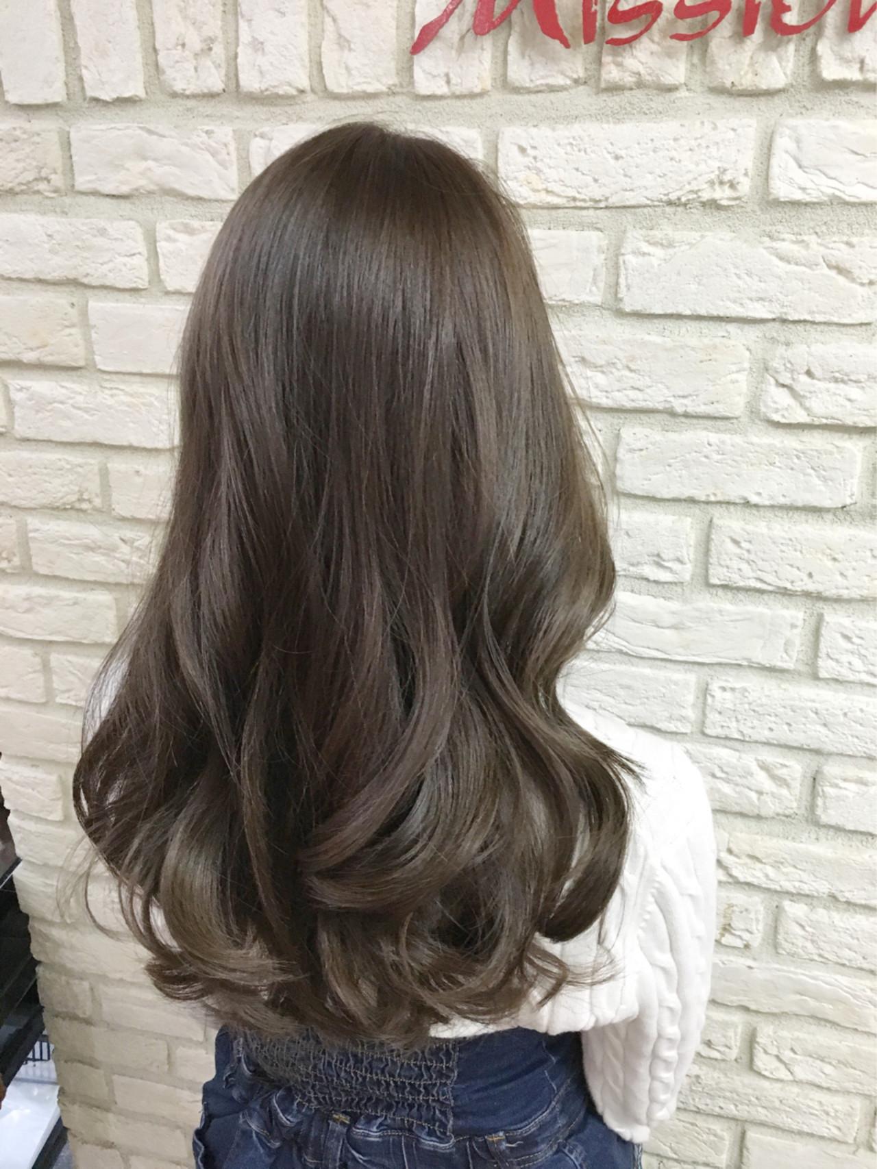 グレージュ 大人かわいい 外国人風 イルミナカラー ヘアスタイルや髪型の写真・画像
