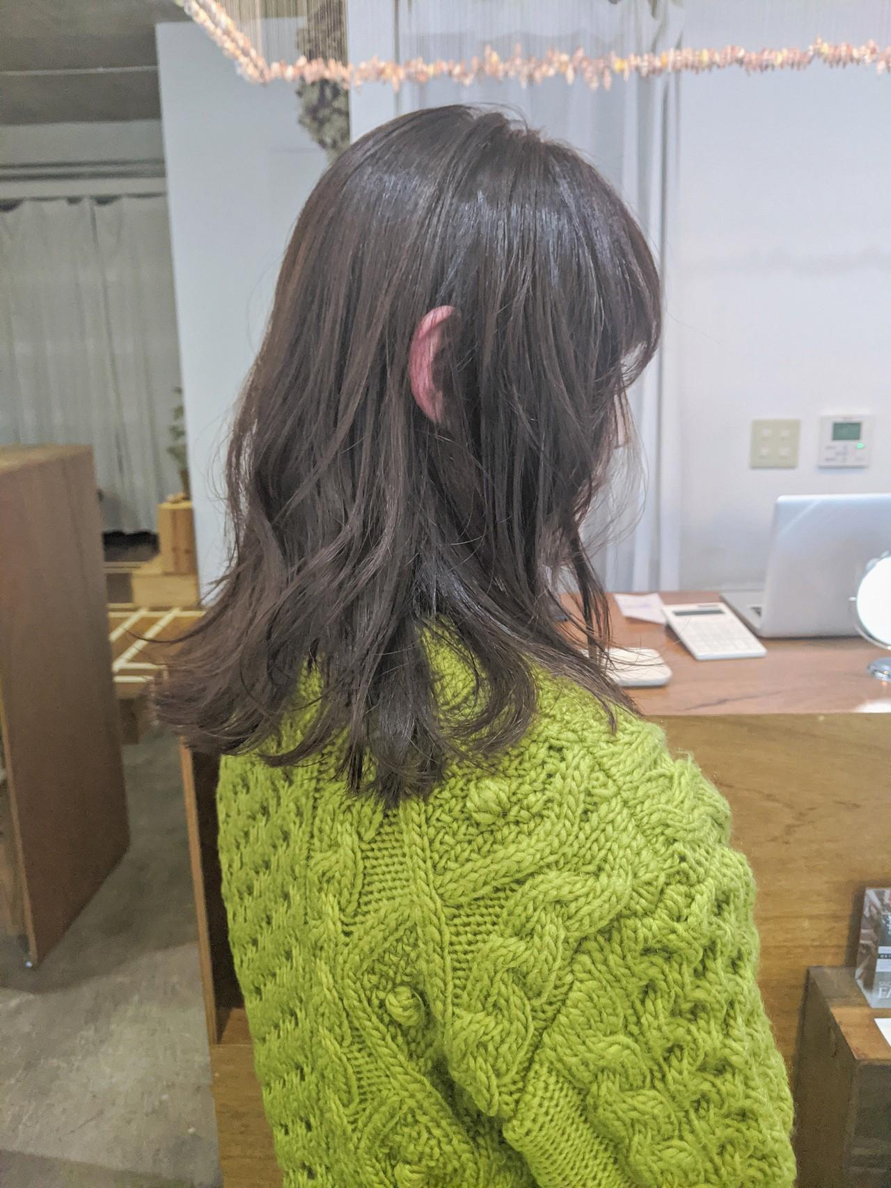 ハイライト ミディアム 外国人風カラー ナチュラル ヘアスタイルや髪型の写真・画像 | 岡麻帆 / salonsea