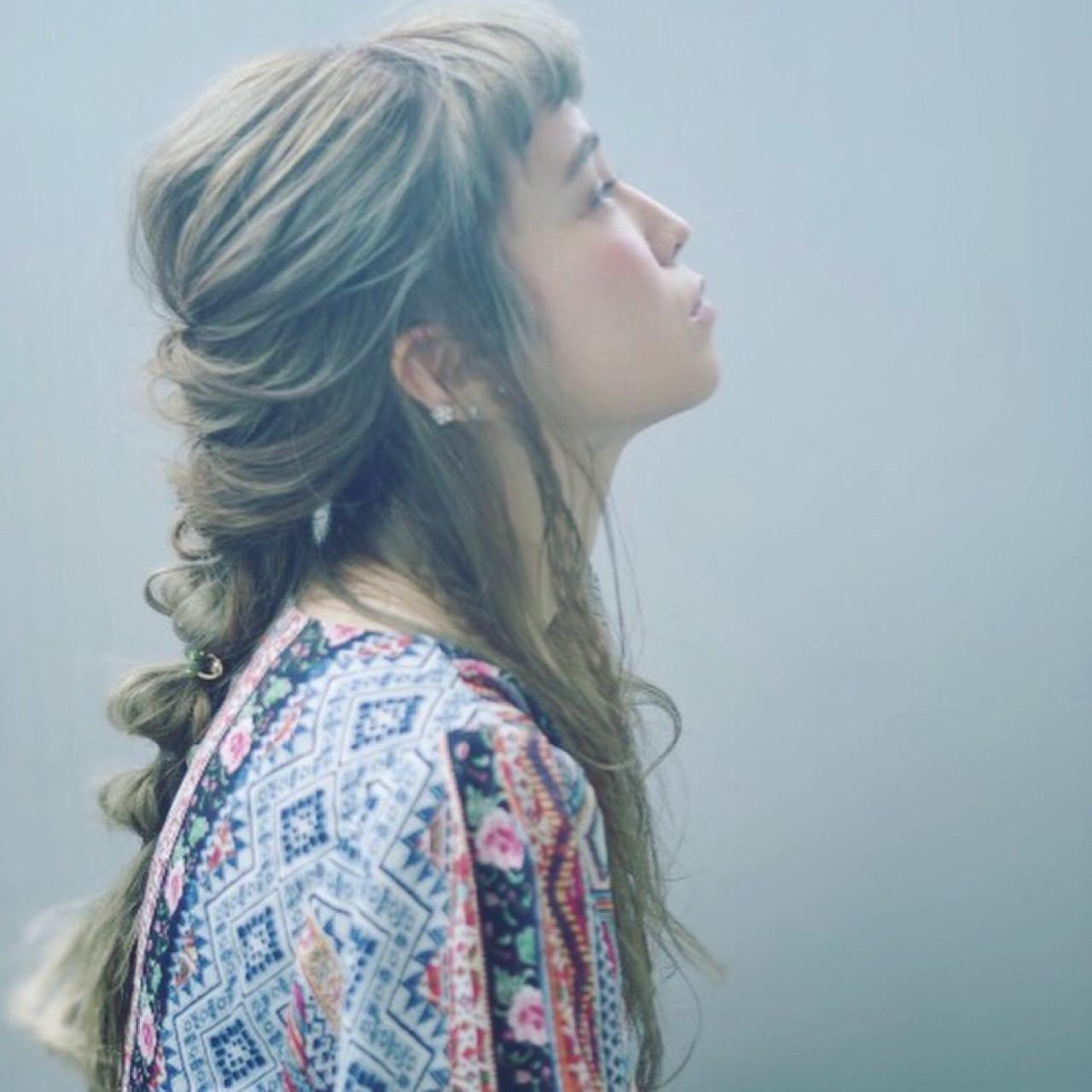 ガーリー 夏 簡単ヘアアレンジ ロング ヘアスタイルや髪型の写真・画像