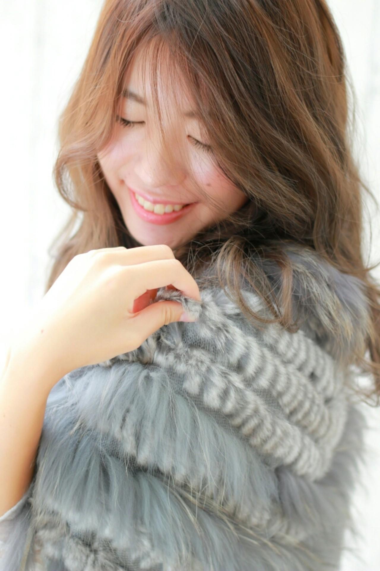 大人かわいい コンサバ パーマ 外国人風 ヘアスタイルや髪型の写真・画像 | 前田えみ/BLOOM /  BLOOM(ブルーム)