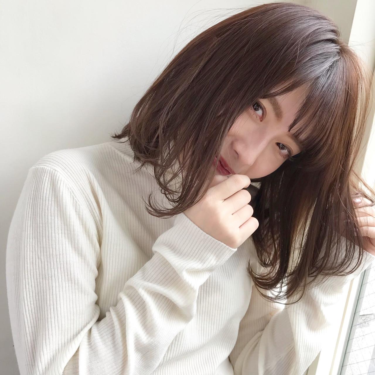 デート 小顔 切りっぱなし ナチュラル ヘアスタイルや髪型の写真・画像 | 伊藤愛子 GARDEN / GARDEN  omotesando