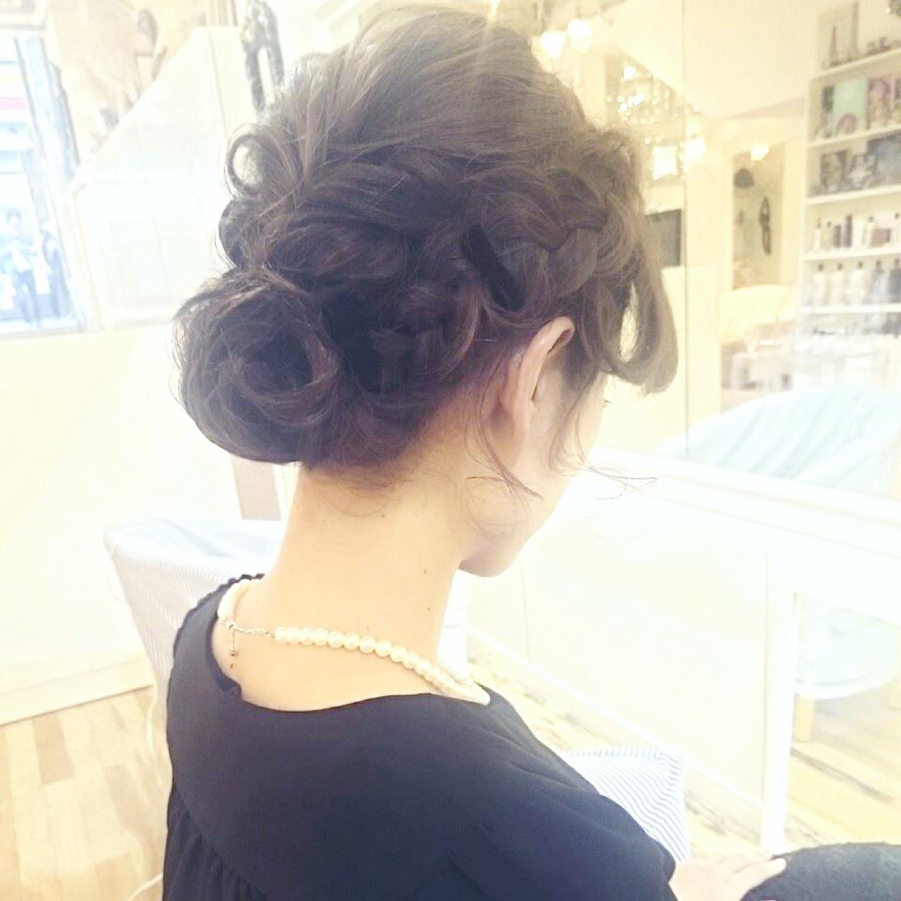 編み込み ヘアアレンジ くるりんぱ ミディアム ヘアスタイルや髪型の写真・画像