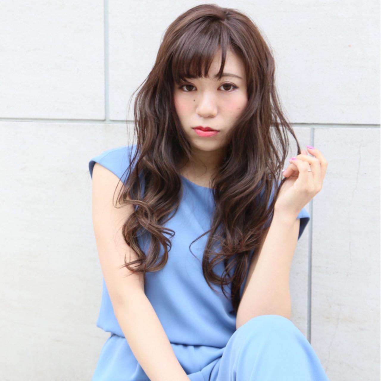 フリンジバング ハイライト ロング アッシュ ヘアスタイルや髪型の写真・画像 | Mayu / a