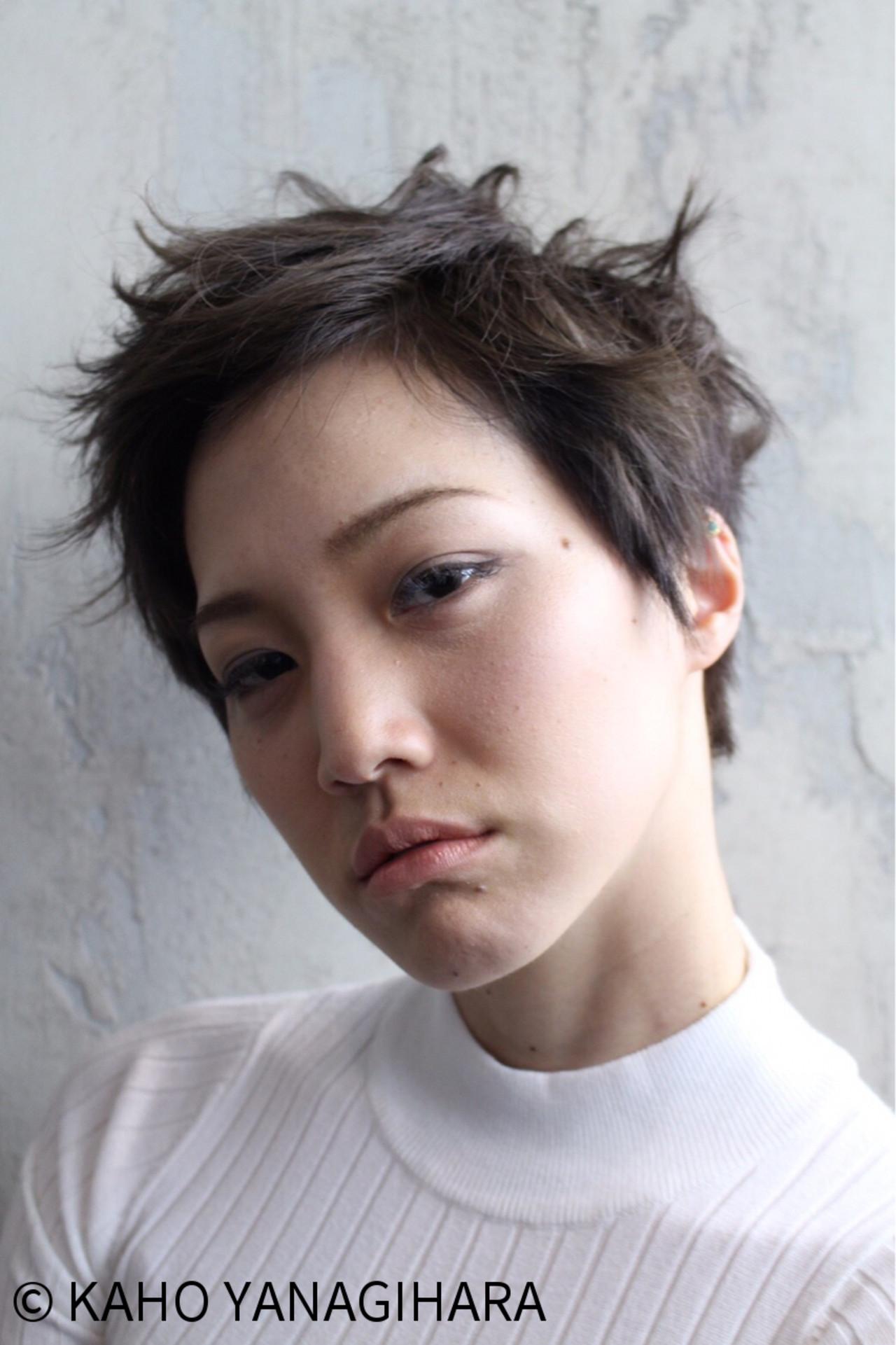 外国人風 ショート 黒髪 パーマ ヘアスタイルや髪型の写真・画像 | KAHO YANAGIHARA /