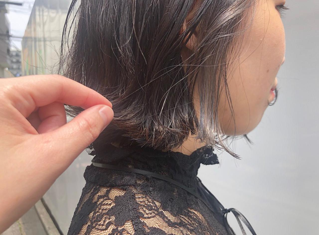 インナーカラー モード バイオレットアッシュ ポイントカラー ヘアスタイルや髪型の写真・画像 | hino yui / RITA&Co.大宮東口店