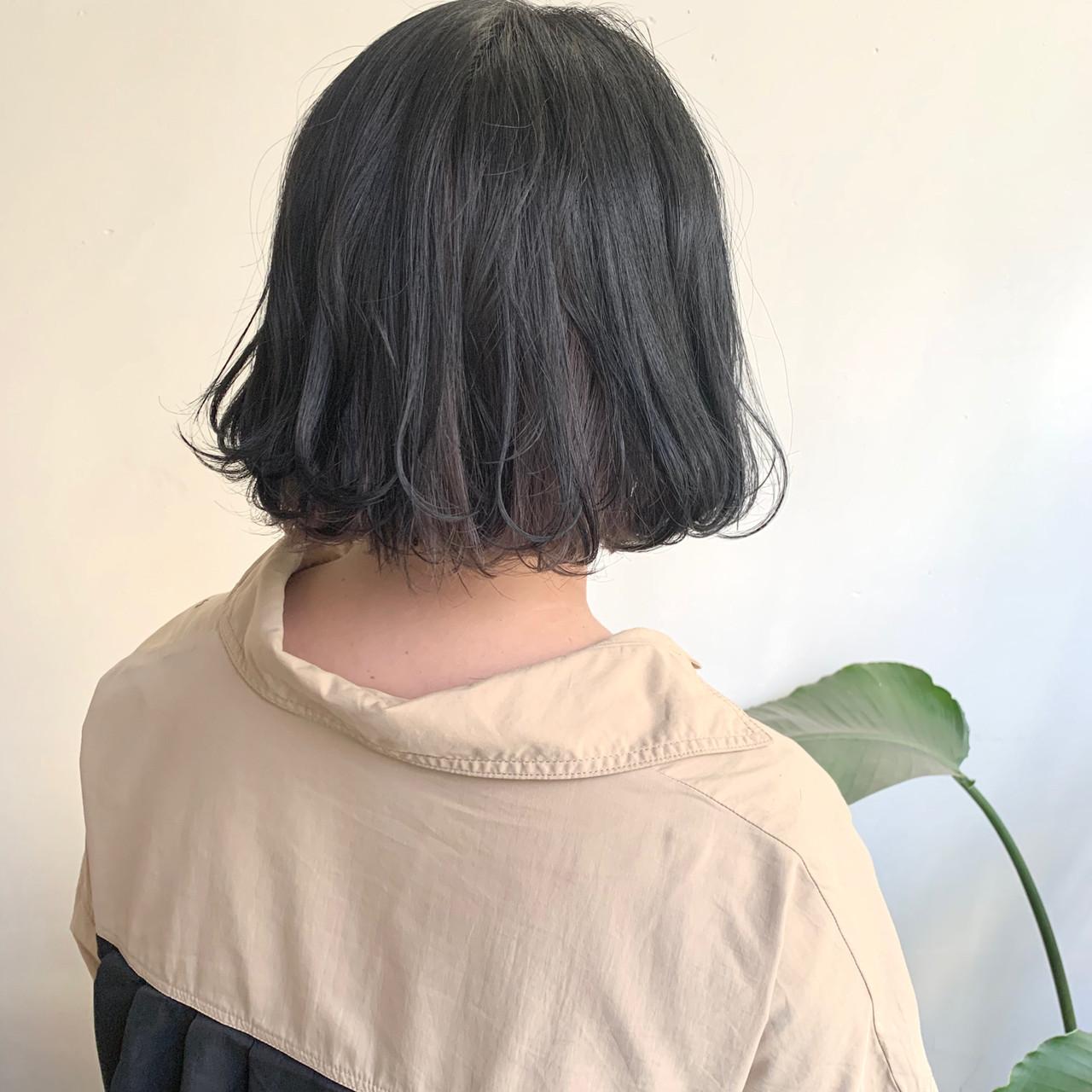 アッシュベージュ ブラウンベージュ インナーカラー ボブ ヘアスタイルや髪型の写真・画像 | ハシモト シュン / Zina