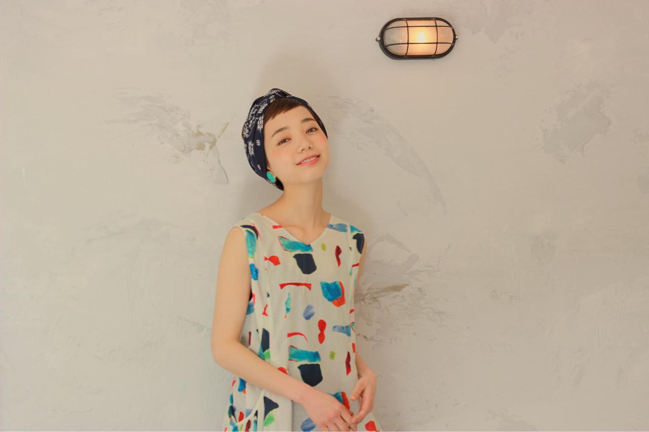 ヘアアレンジ 簡単ヘアアレンジ バンダナ ガーリー ヘアスタイルや髪型の写真・画像