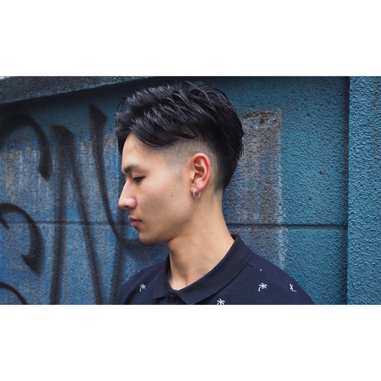 ストリート パーマ 坊主 刈り上げ ヘアスタイルや髪型の写真・画像   岡本和典 / REVEL