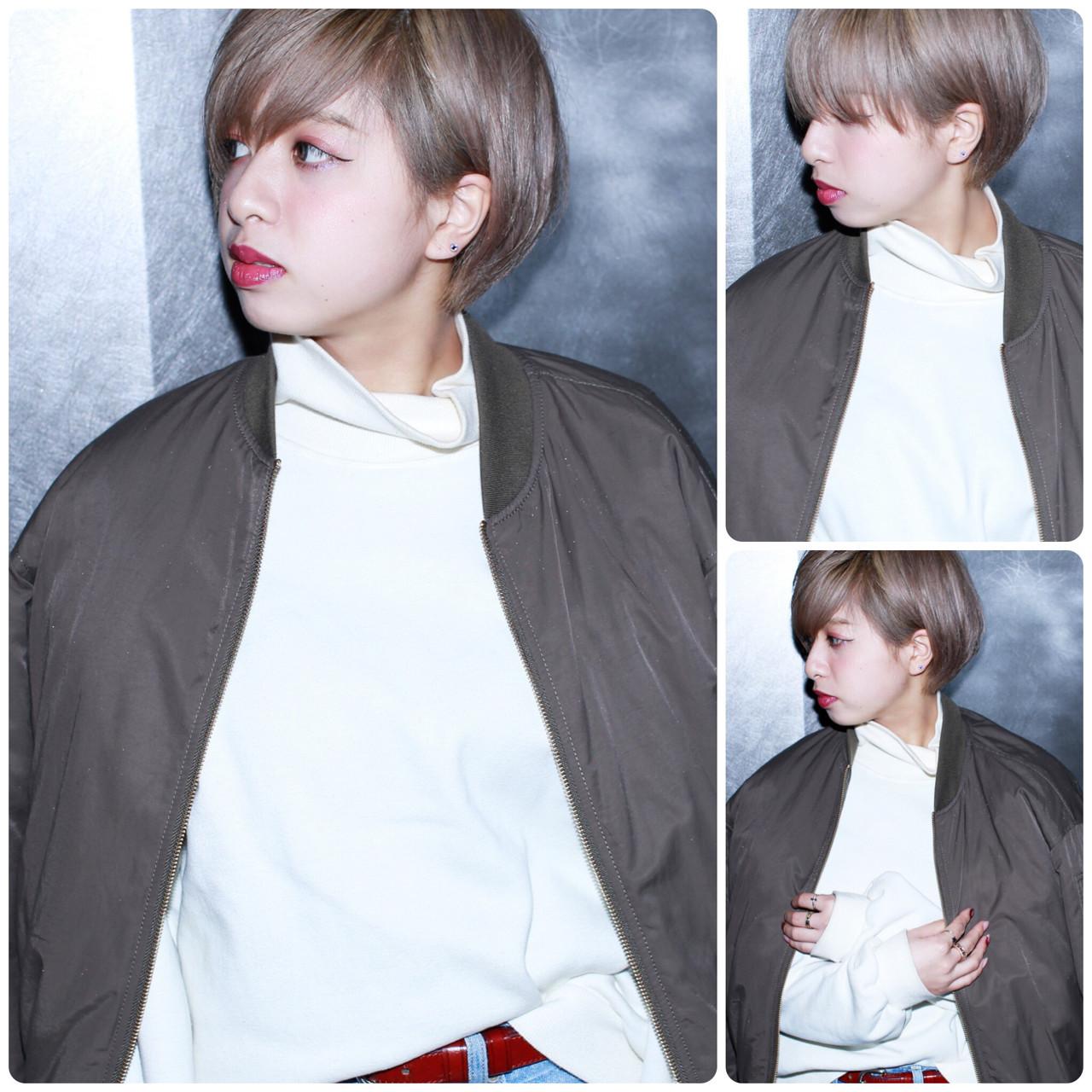 ショート ミルクティーベージュ ダブルカラー ブリーチ ヘアスタイルや髪型の写真・画像 | イマムラ スナオ / LUKE