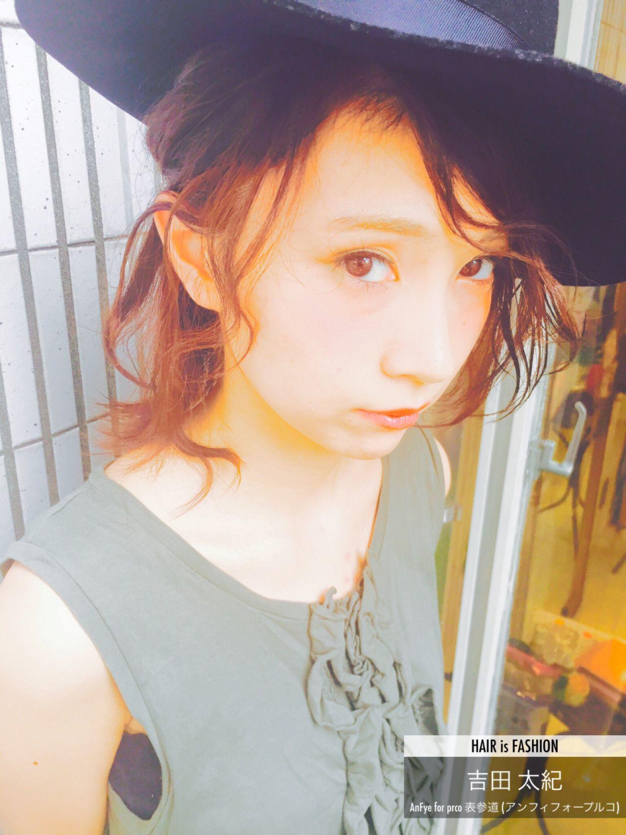 外国人風 ミディアム センターパート ヘアアレンジ ヘアスタイルや髪型の写真・画像