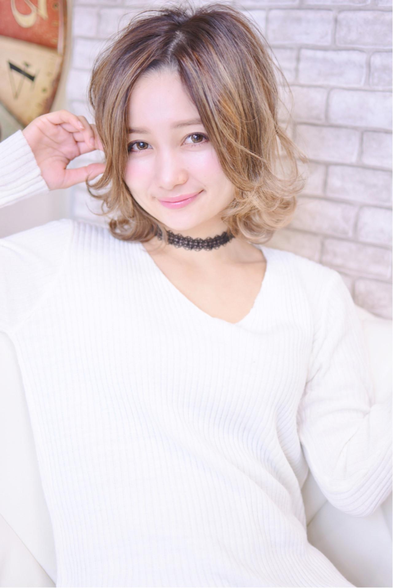 外ハネ ストリート パーマ ボブ ヘアスタイルや髪型の写真・画像 | Shiko Kajihara / メイズ