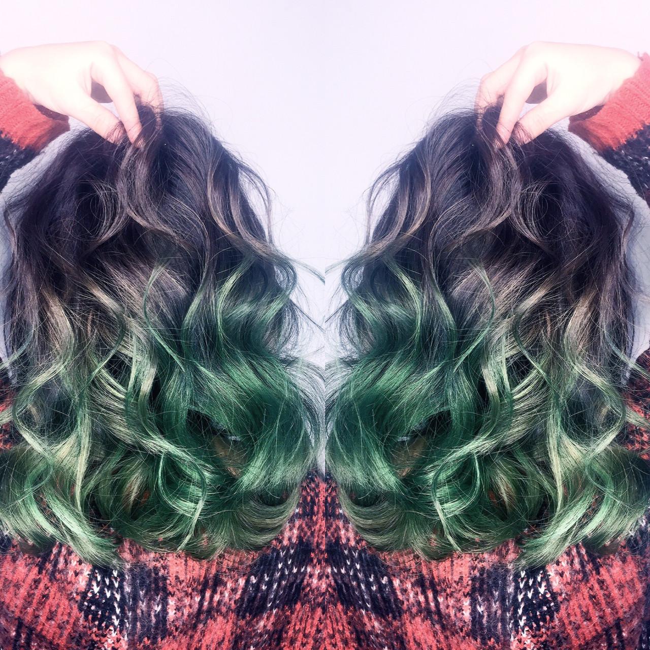 セミロング ガーリー アッシュ ハイライト ヘアスタイルや髪型の写真・画像 | 筒井 隆由 / Hair salon mode
