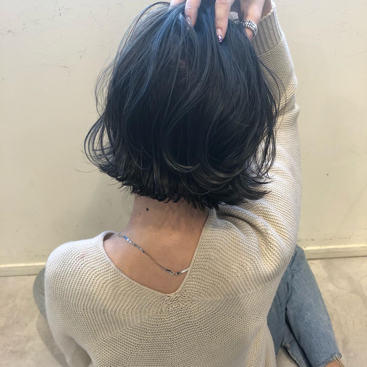 ハイライト アンニュイほつれヘア グレージュ ボブ ヘアスタイルや髪型の写真・画像