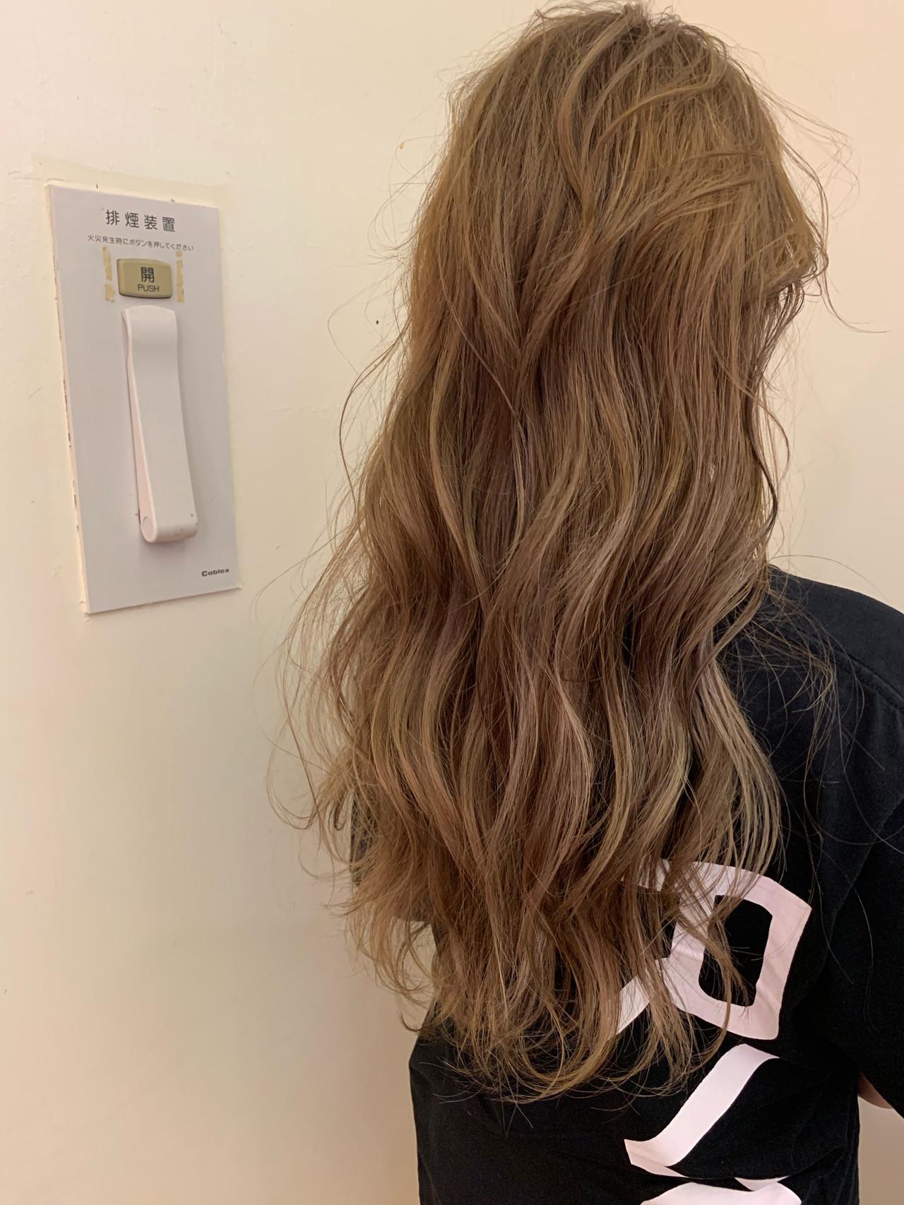 ロング 大人かわいい アンニュイほつれヘア スポーツ ヘアスタイルや髪型の写真・画像