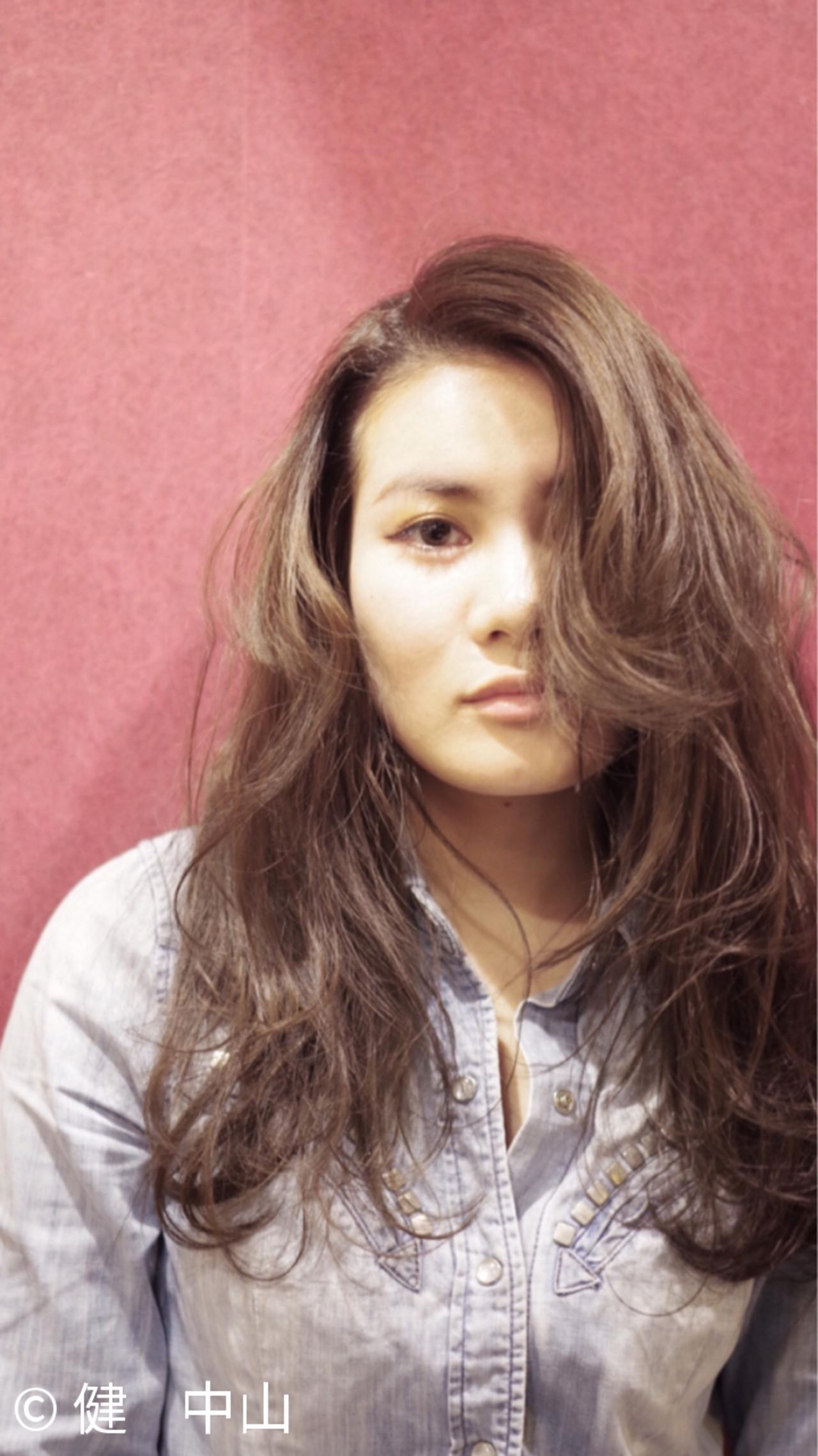 ナチュラル ロング かっこいい 外国人風 ヘアスタイルや髪型の写真・画像   ken / sora