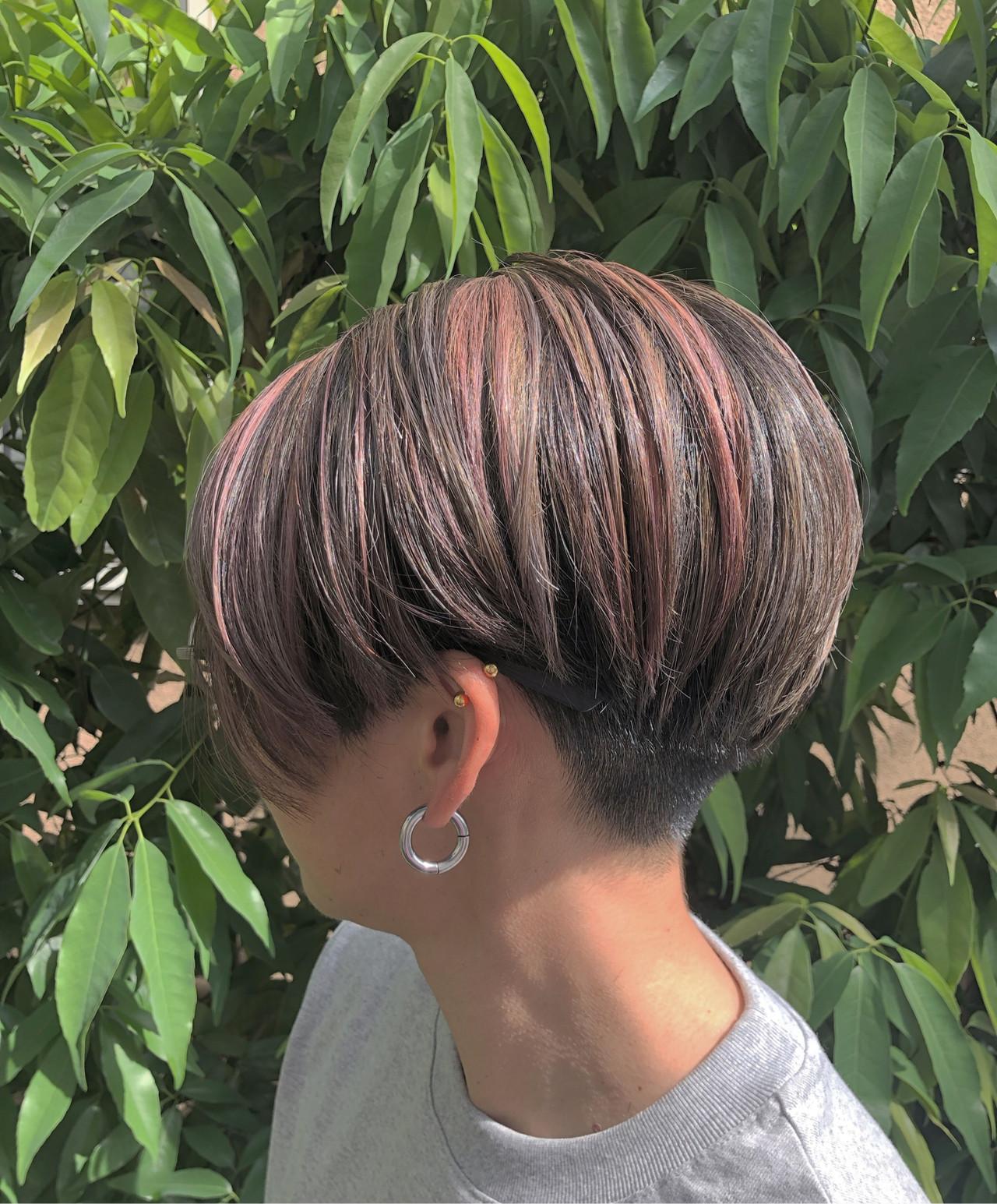 グラデーションカラー ハイライト ナチュラル ショート ヘアスタイルや髪型の写真・画像