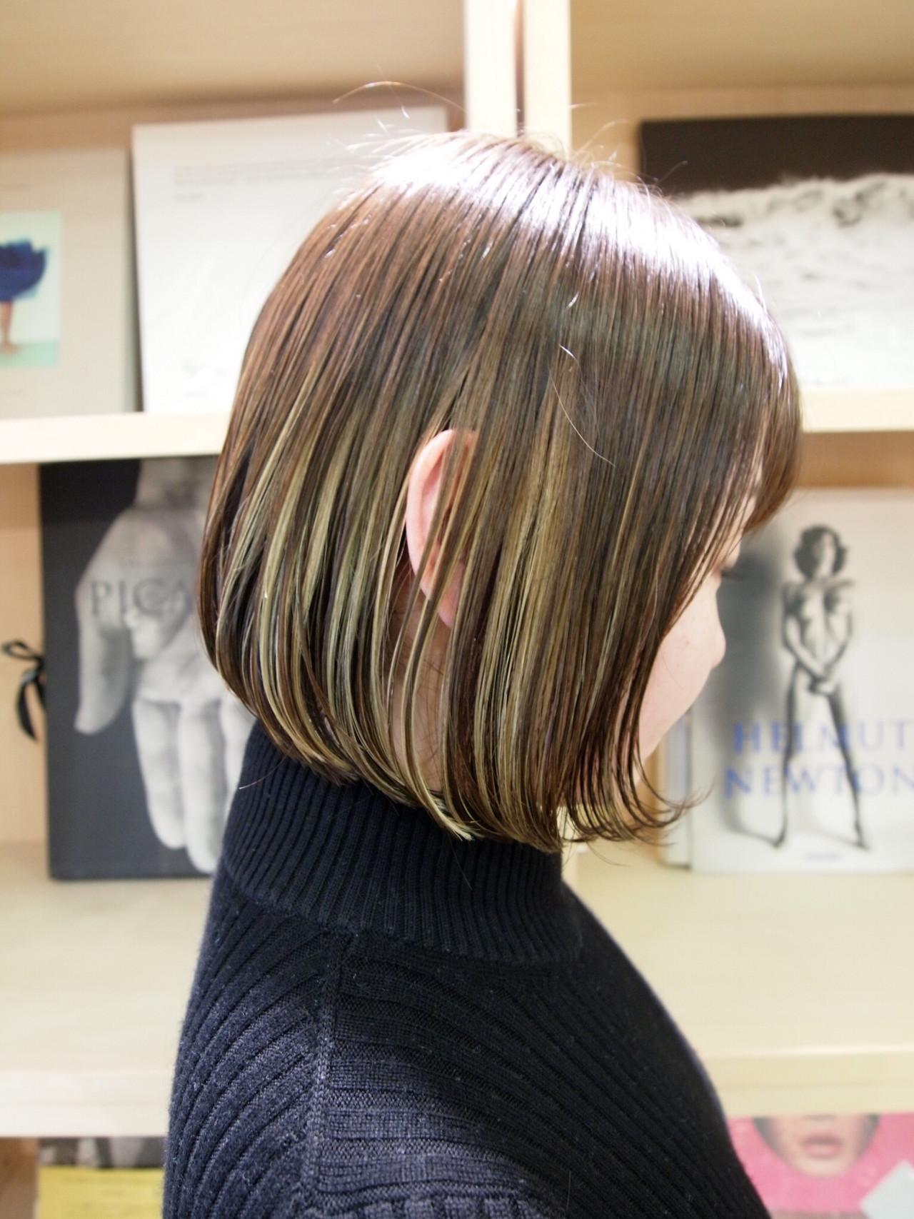 アウトドア グラデライト 切りっぱなしボブ インナーカラー ヘアスタイルや髪型の写真・画像