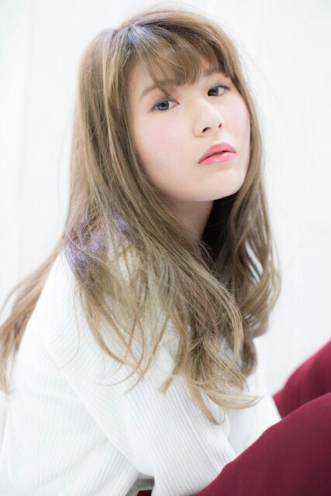 ナチュラル 透明感 ロング 大人かわいい ヘアスタイルや髪型の写真・画像   穂乃花 /