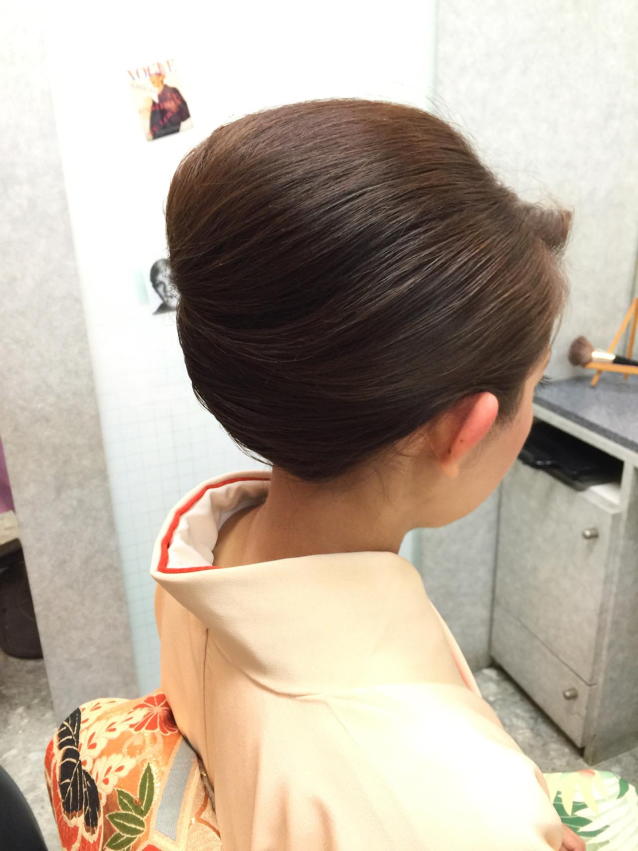 ヘアアレンジ アッシュ セミロング 夜会巻 ヘアスタイルや髪型の写真・画像