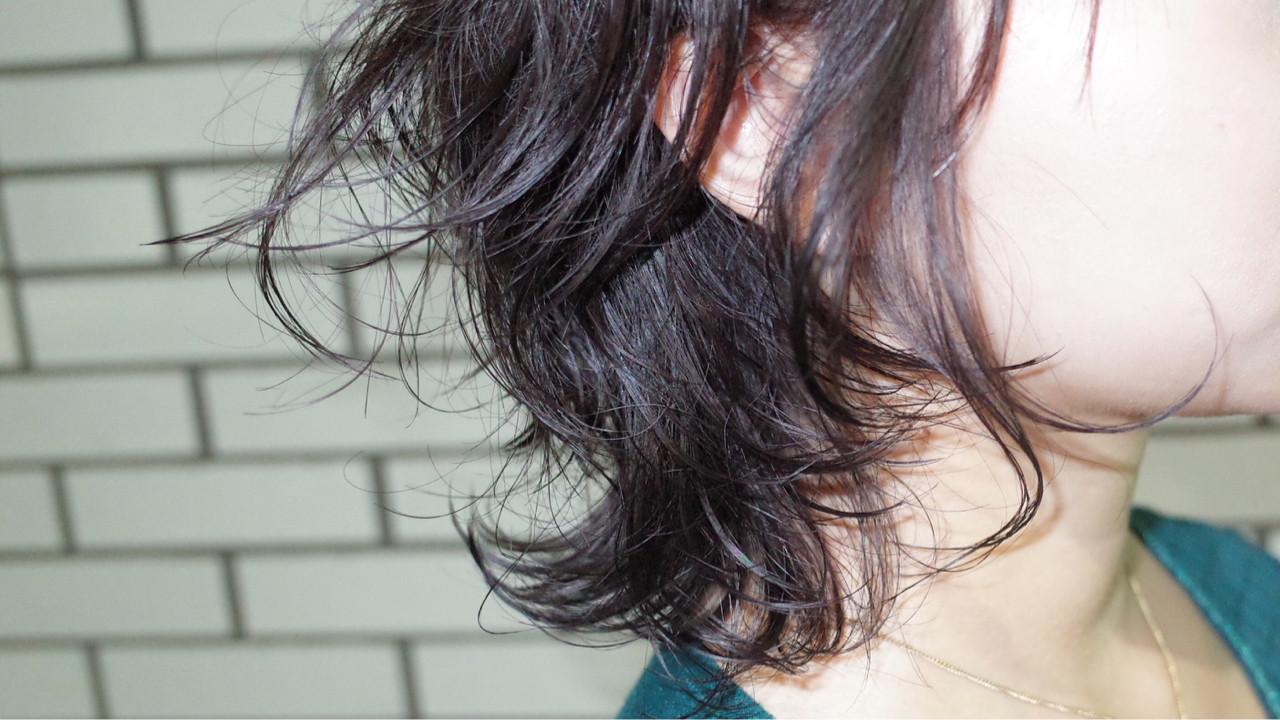 外ハネ ナチュラル ゆるふわ ショート ヘアスタイルや髪型の写真・画像 | うえもとたく / ash
