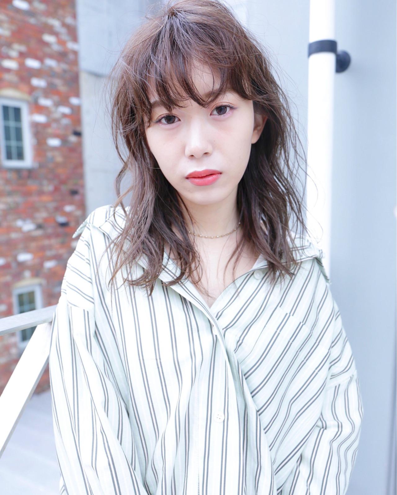 ウェーブ ハイライト ニュアンス リラックス ヘアスタイルや髪型の写真・画像 | Ryota Yamamoto Daisy / Daisy