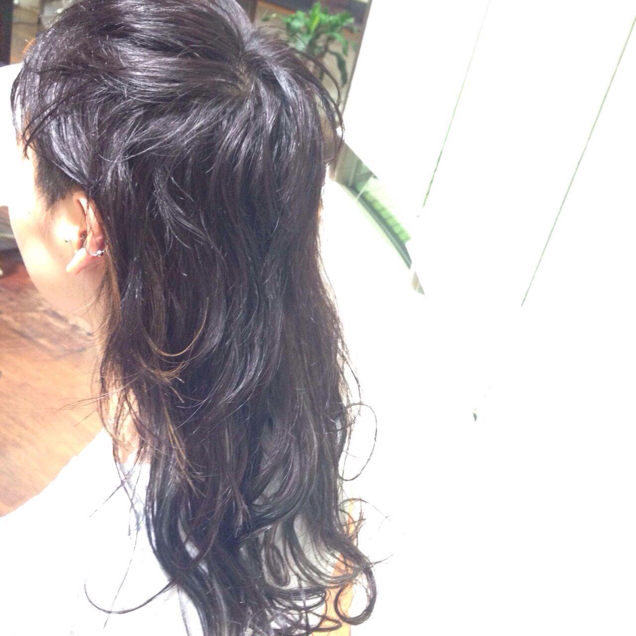 ウルフカット ロング ウェットヘア ストリート ヘアスタイルや髪型の写真・画像 | 七浦 彩香 / AKs