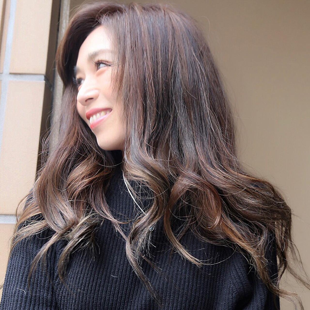 グラデーションカラー ハイライト 外国人風 ナチュラル ヘアスタイルや髪型の写真・画像 | 高橋ジロウ / ROENA 原宿.表参道 / ROENA