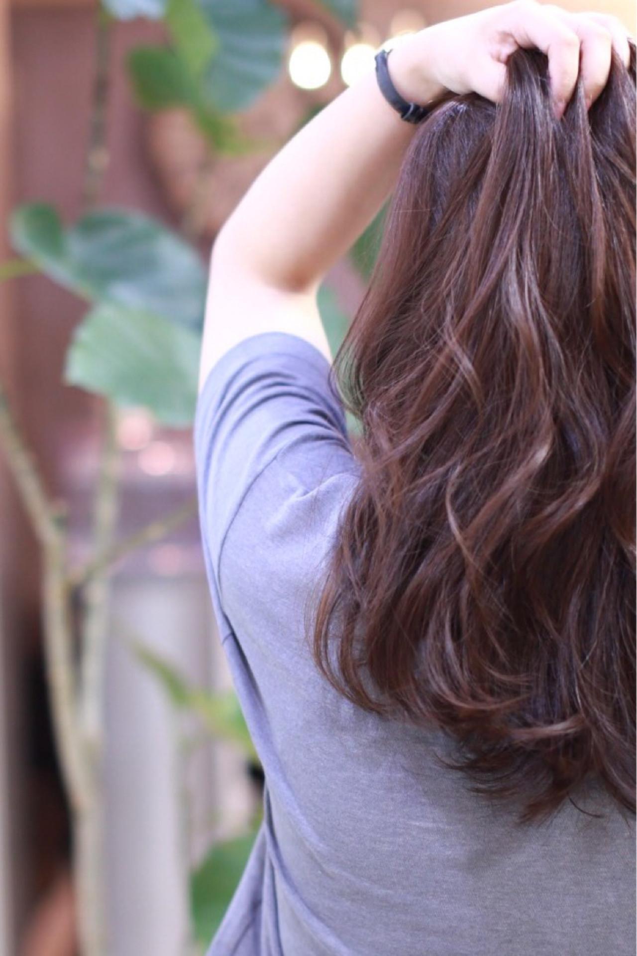 セミロング パーマ ナチュラル 暗髪 ヘアスタイルや髪型の写真・画像   川村 誠大 / savian