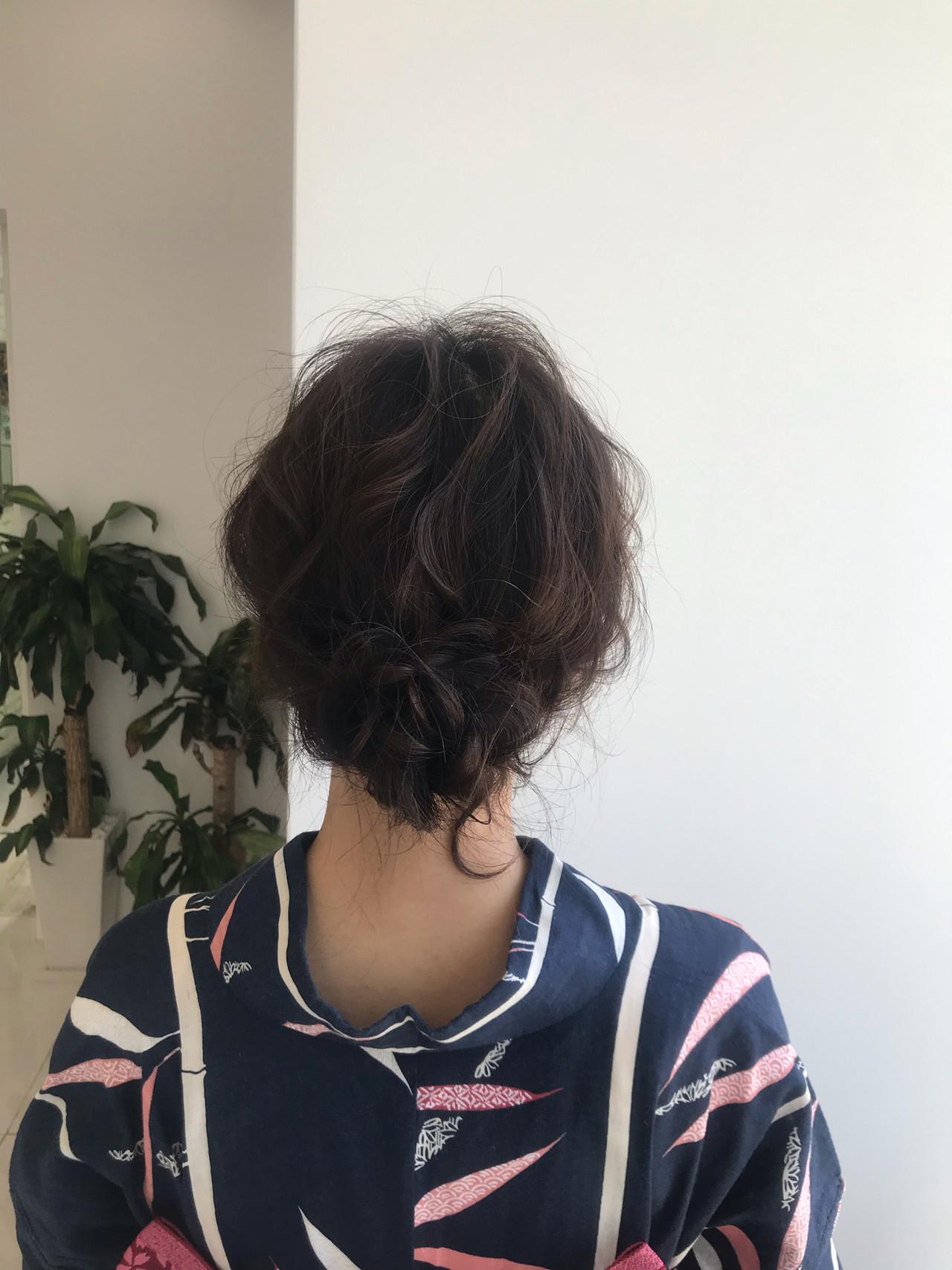 フェミニン 簡単ヘアアレンジ デート 結婚式 ヘアスタイルや髪型の写真・画像
