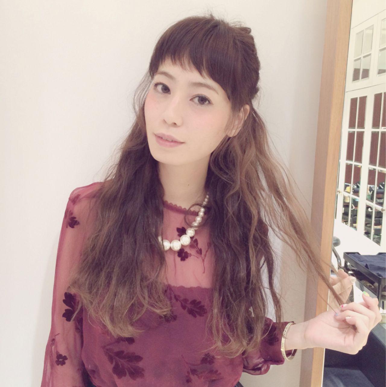 オン眉 ヘアアレンジ 秋 ロング ヘアスタイルや髪型の写真・画像 | 伊藤沙織 /