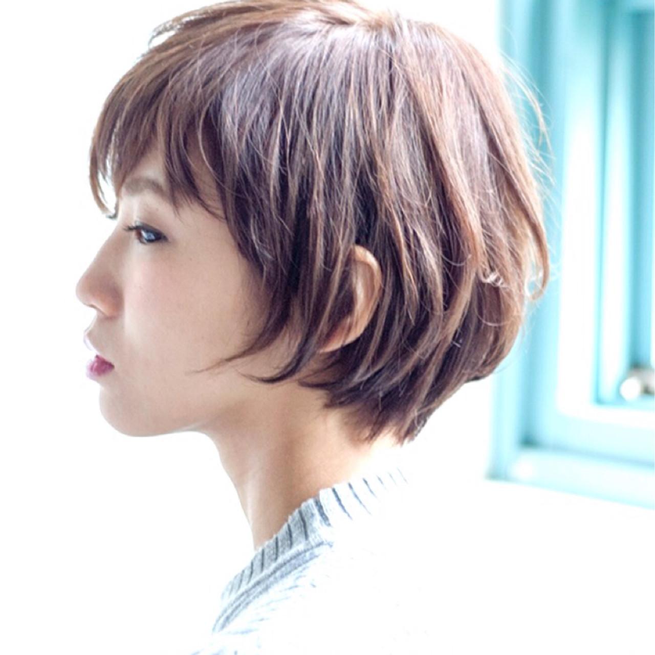 ナチュラル 耳かけ ショート ヘアスタイルや髪型の写真・画像 | 石井励斉 / PLACE IN THE SUN