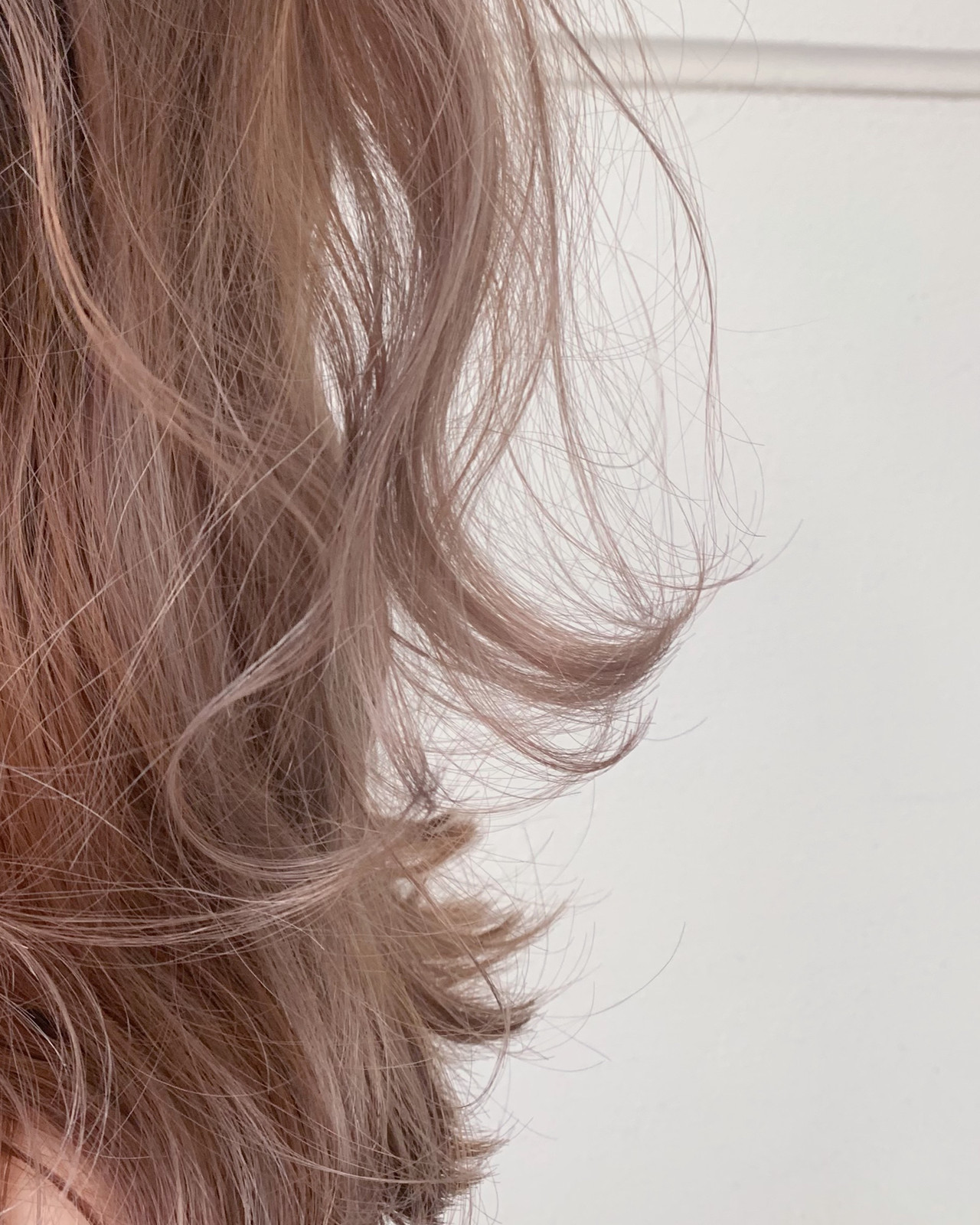 セミロング ヌーディーベージュ ブラウンベージュ ナチュラル ヘアスタイルや髪型の写真・画像 | 寺坂 雄飛 / banks hair