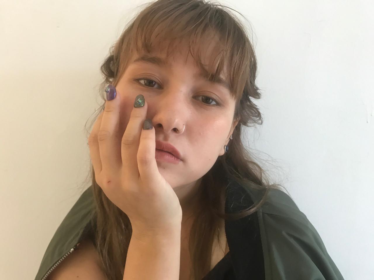 ナチュラル シースルーバング オン眉 ロング ヘアスタイルや髪型の写真・画像   Rie Akita / LOAVE omotesando