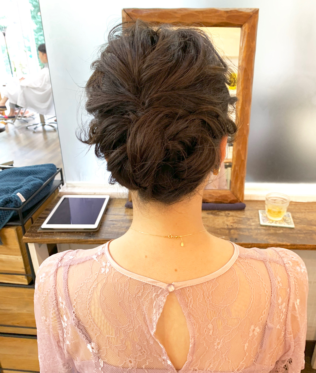 結婚式 簡単ヘアアレンジ ブライダル ミディアム ヘアスタイルや髪型の写真・画像