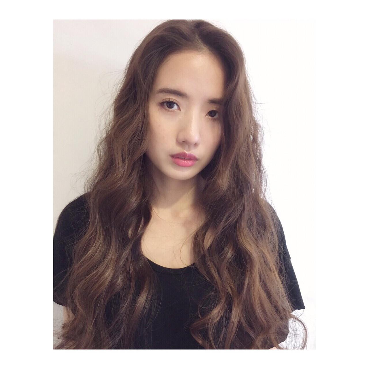 抜け感 パーマ 大人女子 ラフ ヘアスタイルや髪型の写真・画像 | 西嶋えり子 / HAIR'S Lunetta