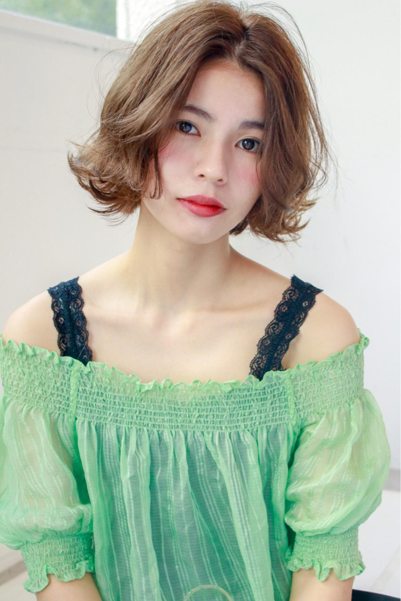 大人女子 ミディアム 色気 ボブ ヘアスタイルや髪型の写真・画像