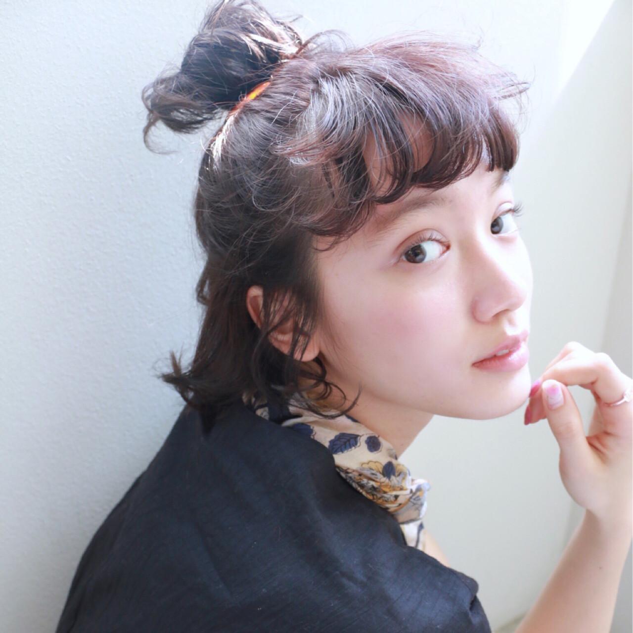 ショート 大人かわいい ヘアアクセ 簡単ヘアアレンジ ヘアスタイルや髪型の写真・画像