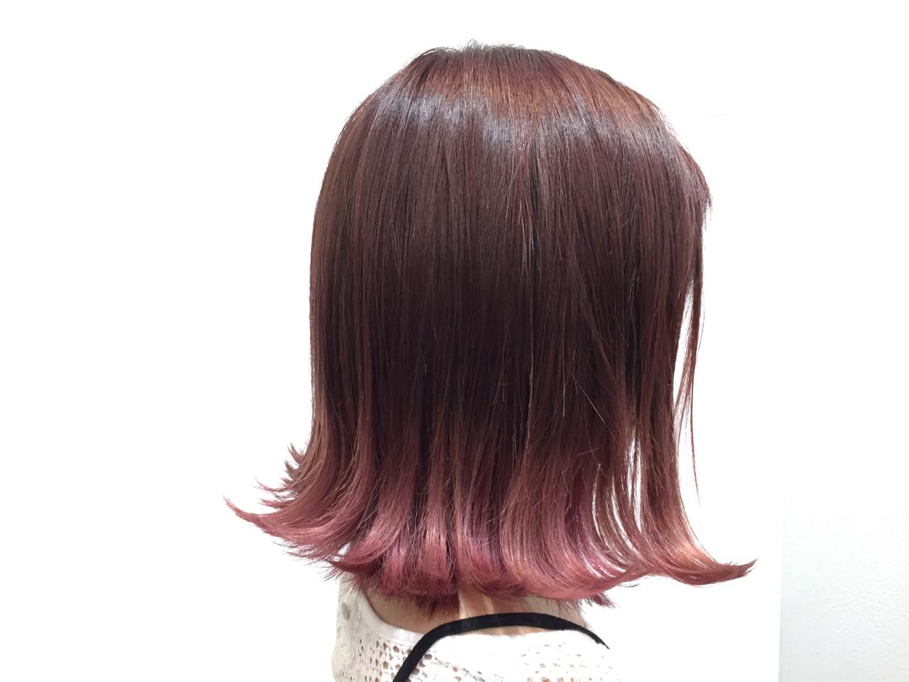 ガーリー ピンク ベージュ 外ハネ ヘアスタイルや髪型の写真・画像