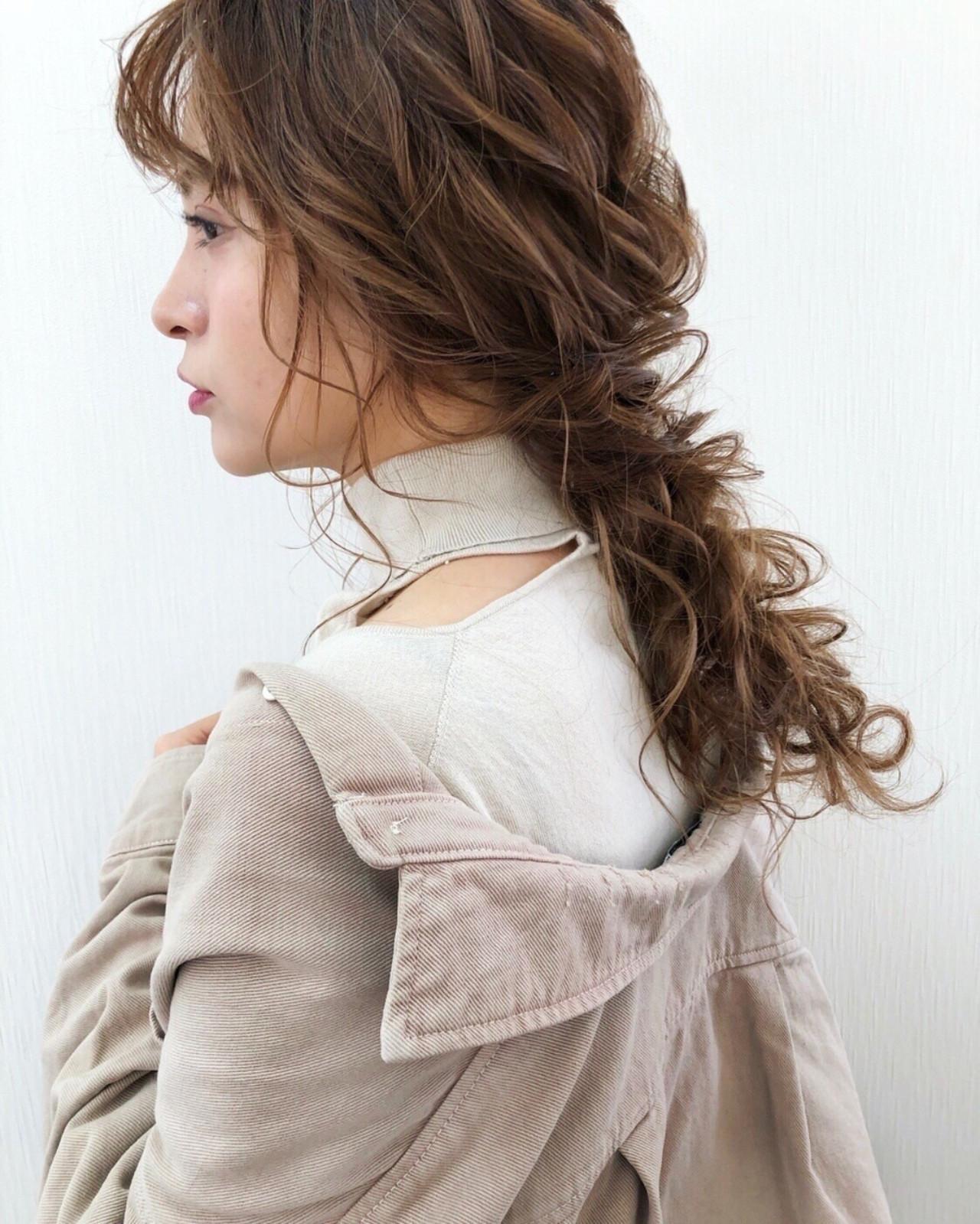 ゆるナチュラル 大人かわいい 結婚式ヘアアレンジ フェミニン ヘアスタイルや髪型の写真・画像