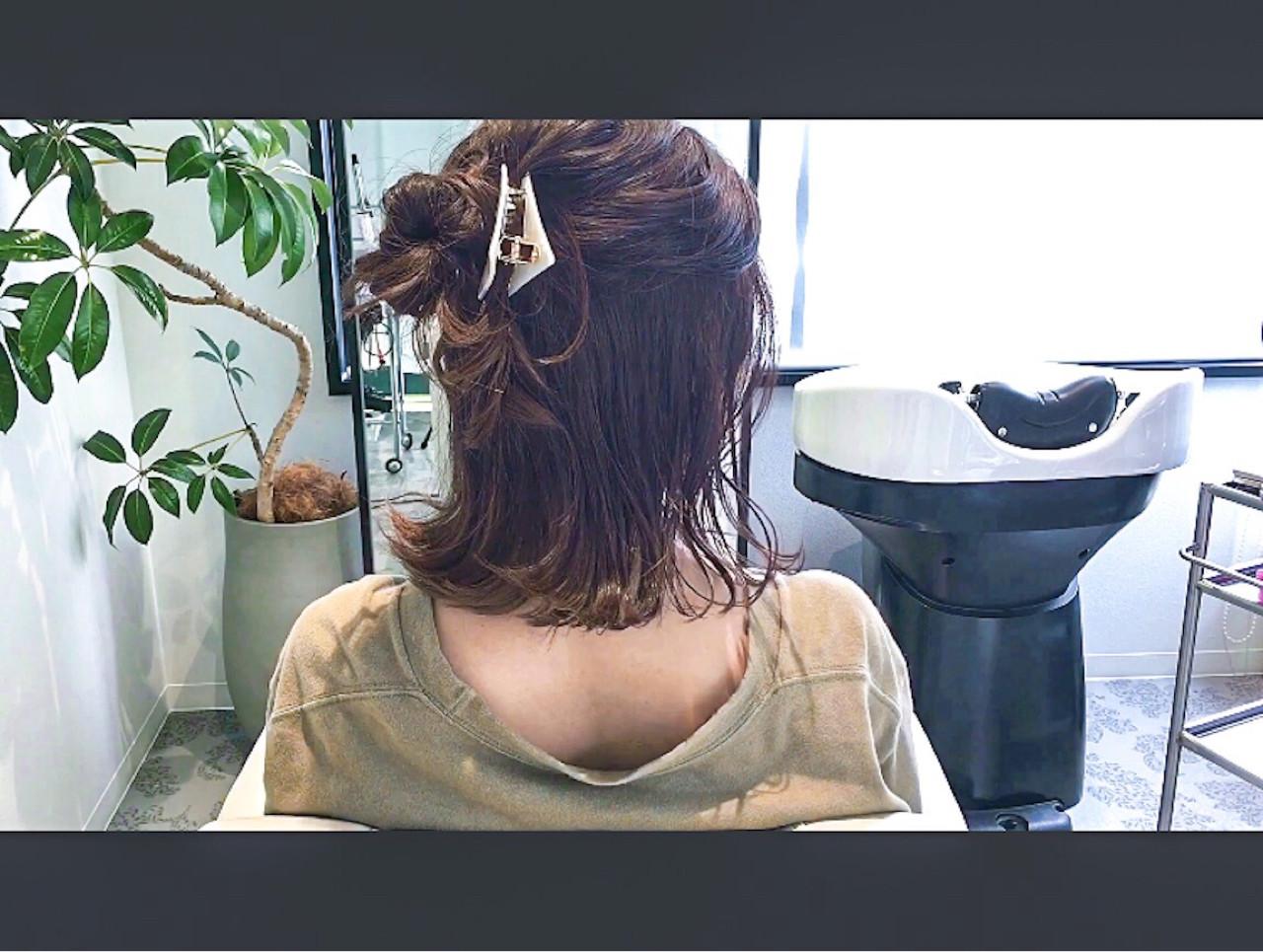 ミディアム セルフヘアアレンジ アウトドア 簡単ヘアアレンジ ヘアスタイルや髪型の写真・画像 | 美容師HIRO/Amoute代表 / Amoute/アムティ