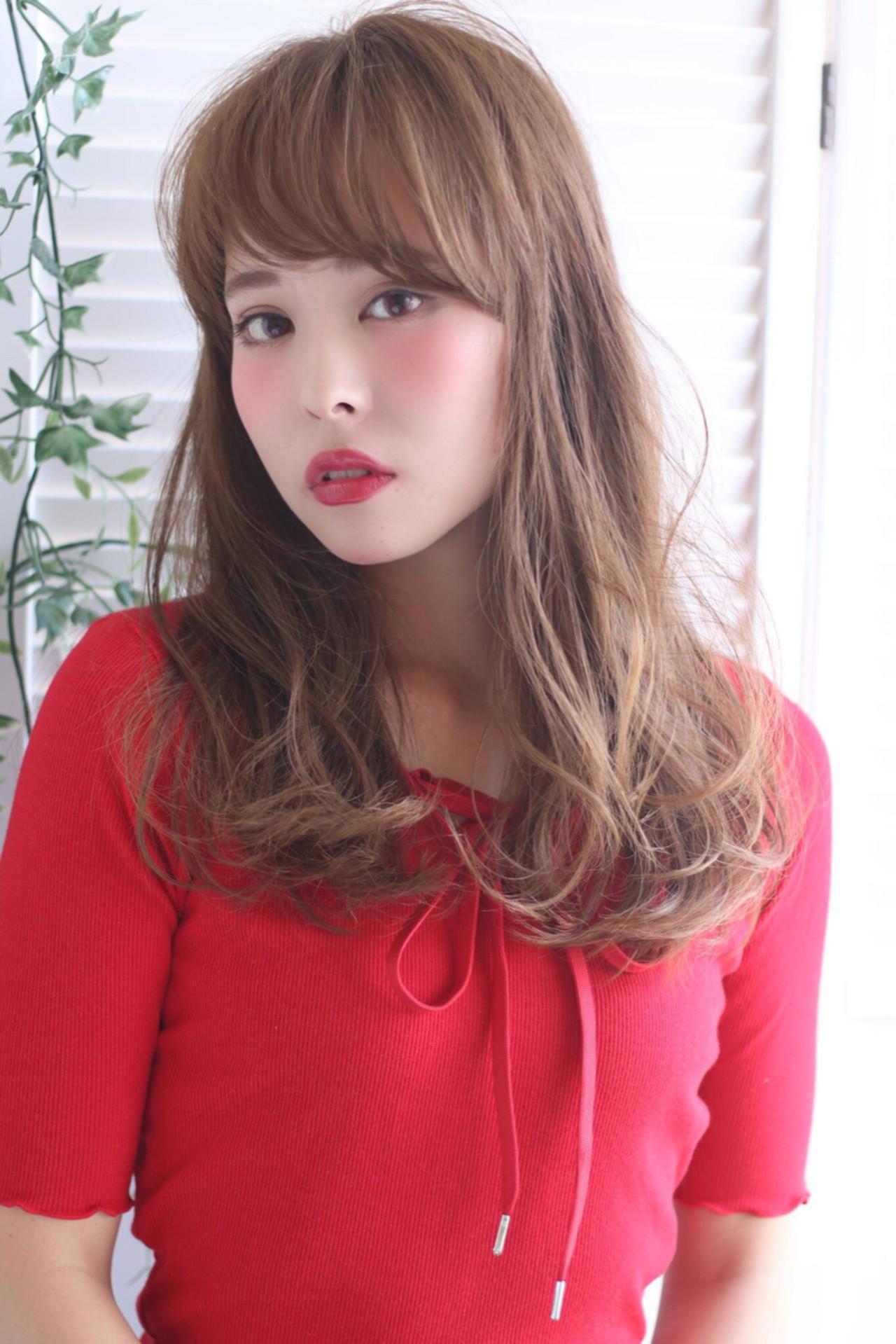 前髪あり アッシュ 外国人風 ナチュラル ヘアスタイルや髪型の写真・画像