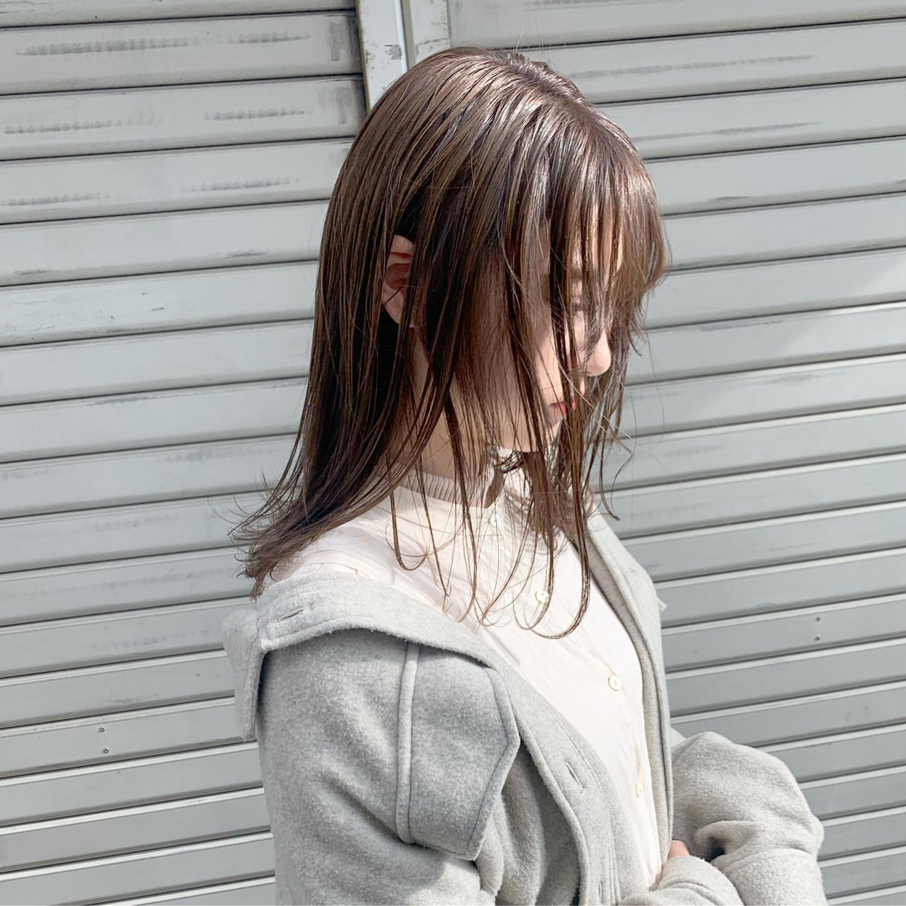 セミロング 透明感カラー ヘアケア ブリーチなし ヘアスタイルや髪型の写真・画像