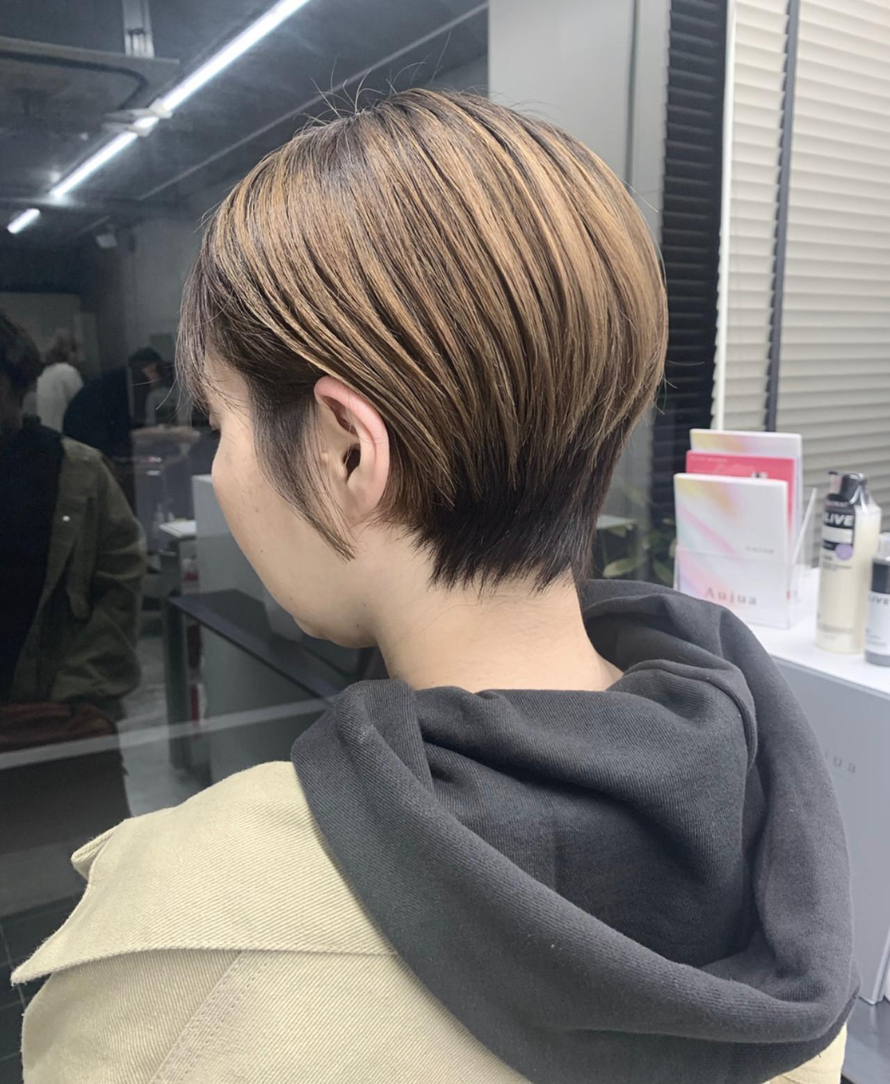 小顔ショート ハンサムショート ショート ナチュラル ヘアスタイルや髪型の写真・画像 | 谷島 瑠伊 / ALIVE omotesando