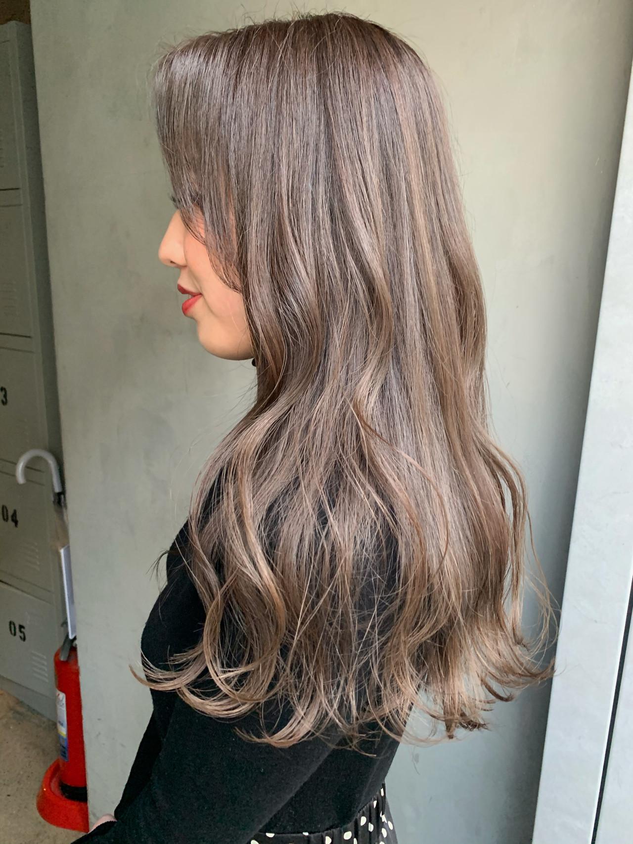 ミルクティー ミルクティーベージュ ナチュラル ロング ヘアスタイルや髪型の写真・画像 | miya/@1031miya / フリーランス(XENA)