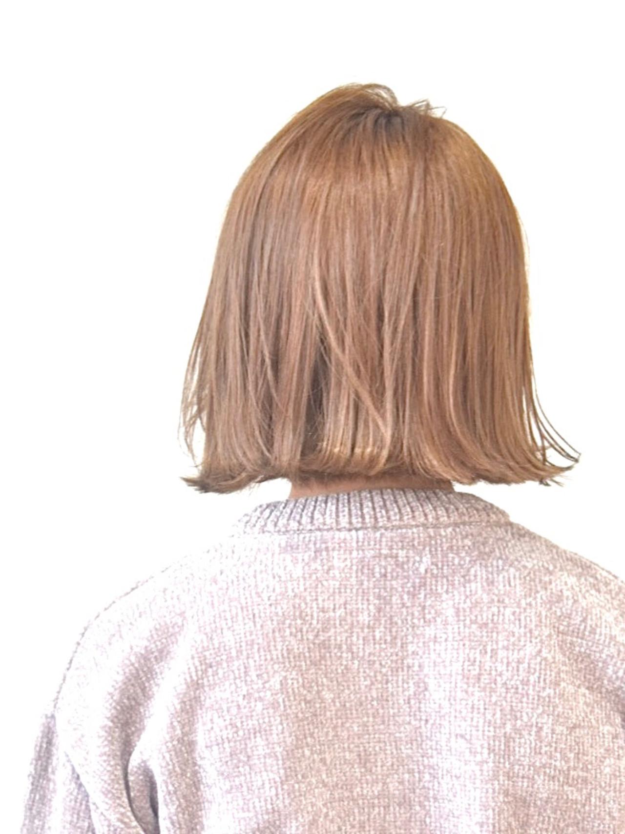 ナチュラル ハイトーンカラー ボブ ベージュ ヘアスタイルや髪型の写真・画像   真鍋 龍平 / white.梅田