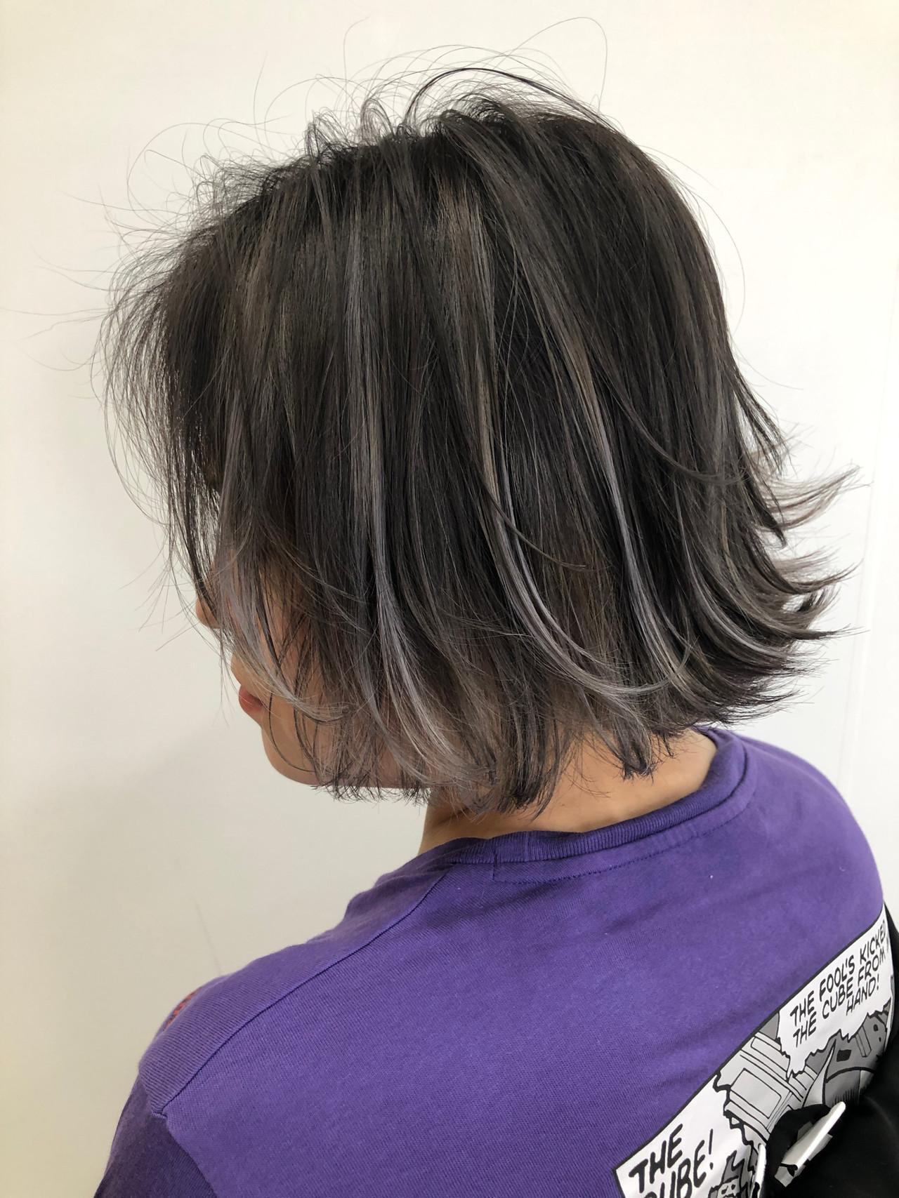 ホワイトハイライト コントラストハイライト ブリーチ コテ巻き ヘアスタイルや髪型の写真・画像