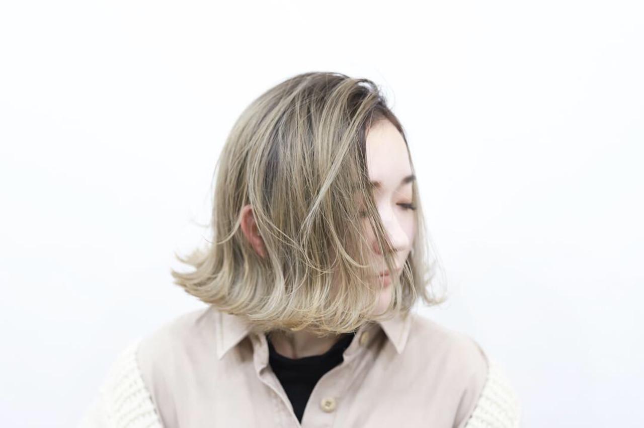 クリームブロンド プラチナブロンド ハイライト ボブ ヘアスタイルや髪型の写真・画像 | Akane Ueda / Chillin Room